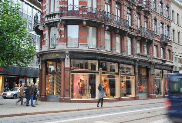 dries-van-noten-store