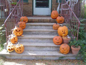 image of jack o' lanterns