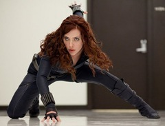 scarlett-johansson-iron-man-2-new-02