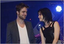 gallery_main-robert-pattinson-kristen-stewart-taylor-lautner-new-moon-munich-2-photos-11142009-15