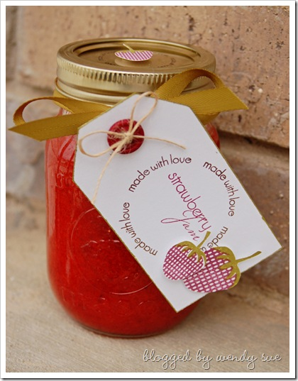 strawberry_jam_jar