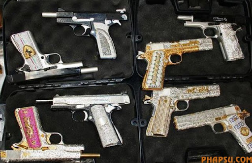 handguns_of_mexican_640_04.jpg