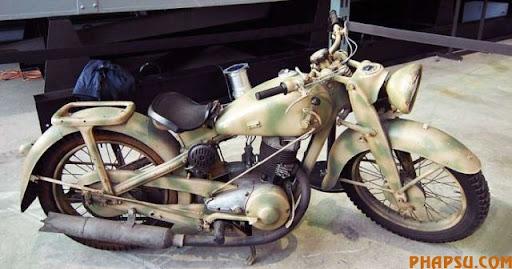 wwii_motorcycles_02.jpg