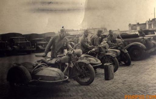 wwii_motorcycles_14.jpg