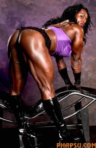 strong_women_09.jpg