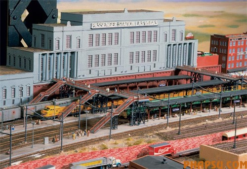 model-train-set-us01.jpg