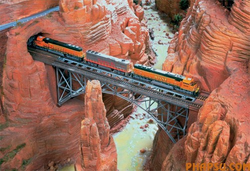 model-train-set-us07.jpg
