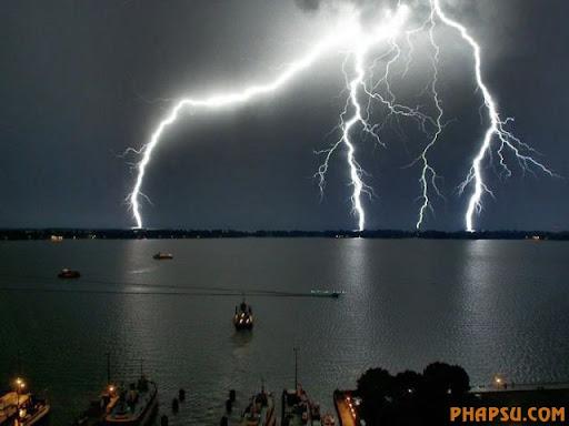 impressive_lightnings_640_03.jpg