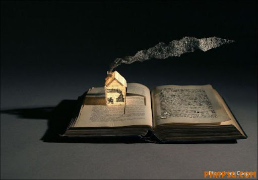 Awesome_Book_Sculptures_11.jpg