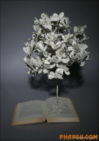 Awesome_Book_Sculptures_15.jpg