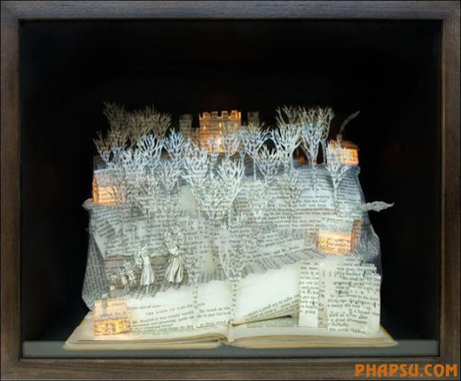 Awesome_Book_Sculptures_25.jpg