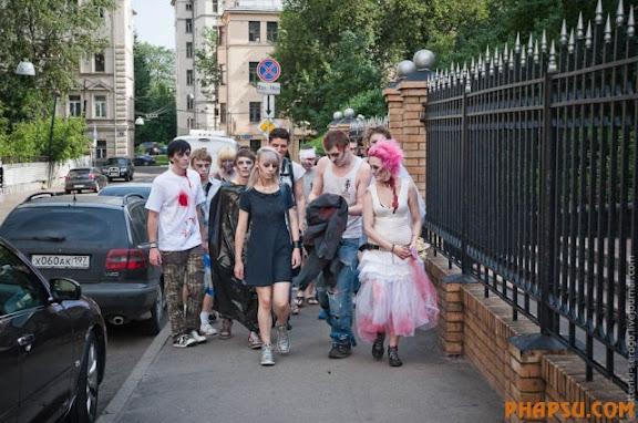 zombie_wedding_640_14.jpg