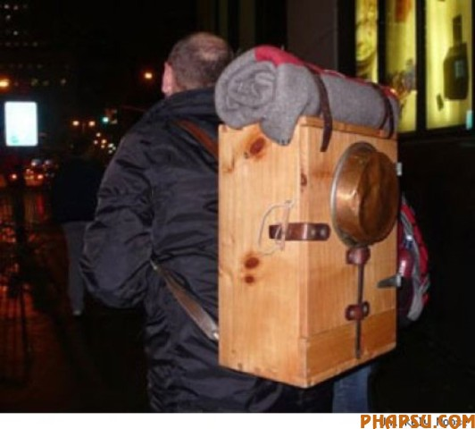 the_craziest_backpacks_640_16.jpg