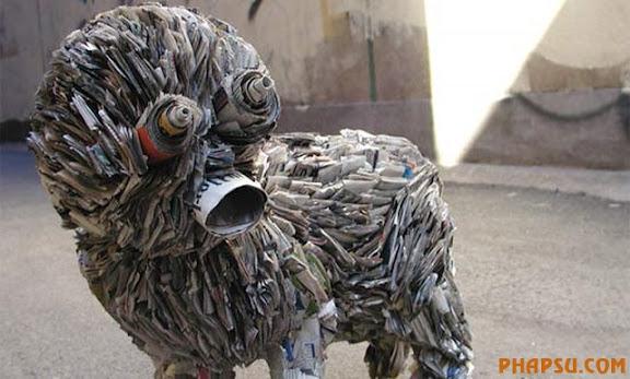 newspaper-sculpture-sreet-art.jpg