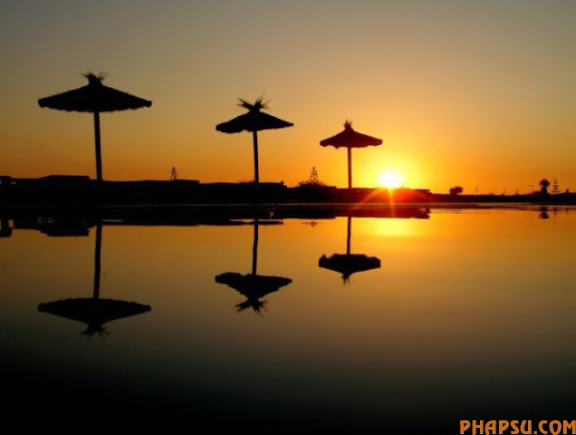 striking_reflective_photography_640_20.jpg