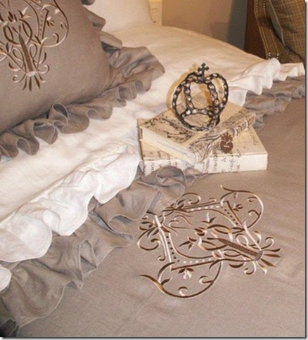 Papillon_Linens_embroidery