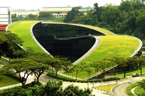 amazing-green-roof-art-school-in-singapore