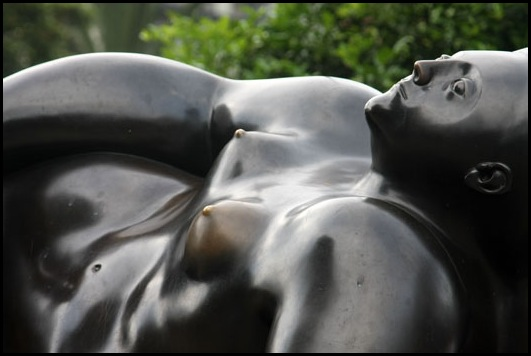 plaza-esculturas-botero03