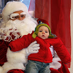 Santa Clause visits children for 'Christmas in Collinsville'
