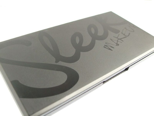 sleek-i-divine-palette-packaging