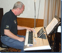 Darren Smith playing the pre-release version of the new Yamaha Tyros 4