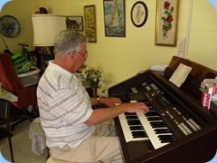 Jim Nicholson on the Technics GA1. Jim used to have a Technics GX series organ.