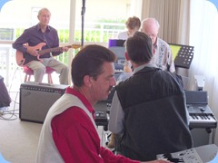 Then there was 5! Brian Gunson (guitar) Denise Gunson (piano), Peter Brophy (keyboard), Roy Steen (keyboard) and Peter Littlejohn foreground (keyboard) having a great jam session