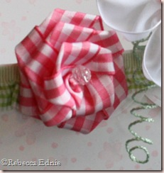 ribbon basket left tendril