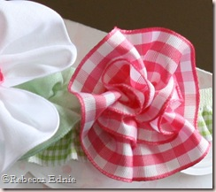 ribbon basket right leaf