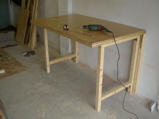 Tavolo Di Lavoro English : Radici: il tavolo da lavoro nel box