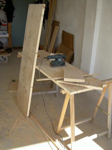Radici il tavolo da lavoro nel box - Costruire tavolino ...