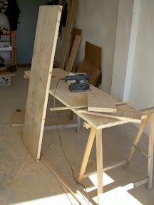 Radici il tavolo da lavoro nel box for Costruire un tavolo pieghevole