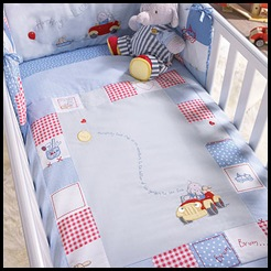 Little-red-car-cot-cot-bed-quilt