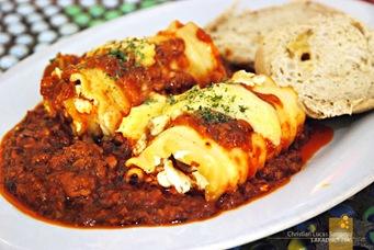Banapple's Lasagna Roll-Ups (P160)