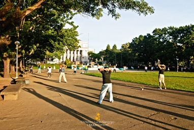 Morning exercisers dancing to the beat at the Capitol