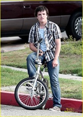 josh-hutcherson-kids-all-right-02