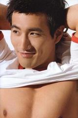 choi_ho_jin_shirtless_5
