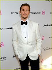ryan-kwanten-oscars-viewing-party-01