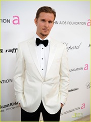ryan-kwanten-oscars-viewing-party-05