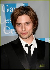 jackson-rathbone-evening-women-04
