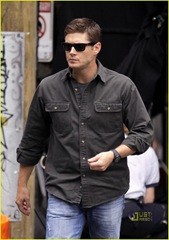 jensen-ackles-gummy-snacks-03