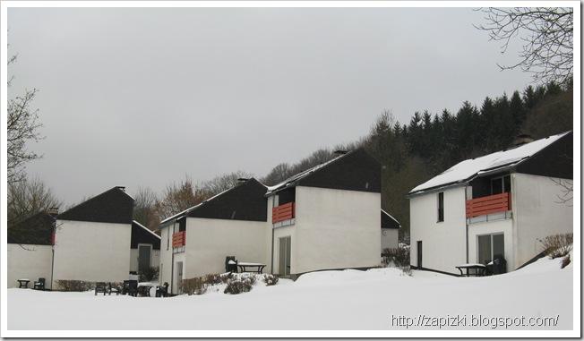 Парк Hambachtal. Семейные домики.