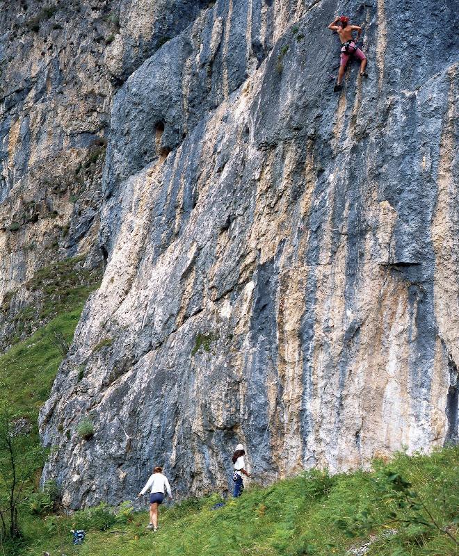 Escuela Escalada de Cuevas