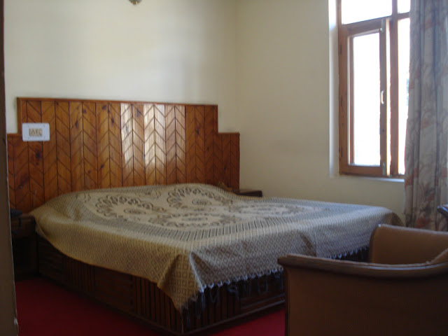 room pictures of hotel marble in manali