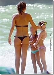 Diana Chaves bikini 2