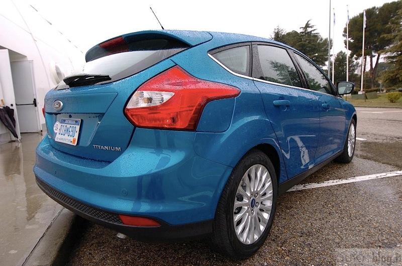 big_Ford_Focus_0003.jpg