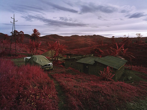 Infrared-Photography-by-Richard-Mosse-4