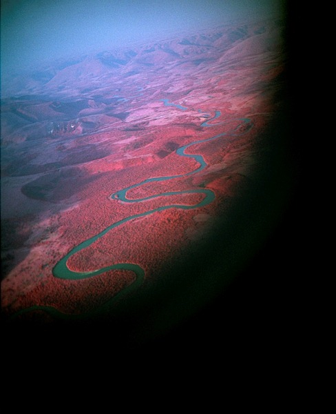 Infrared-Photography-by-Richard-Mosse-6