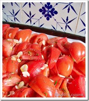 tomates à confire coupées
