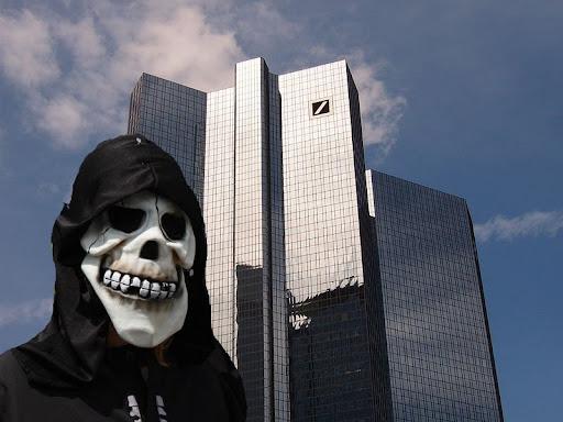http://lh6.ggpht.com/_t_ujyXPvS2U/TJFGR9vJCQI/AAAAAAAAAIg/Xu8mkHB3Ym0/800px-Frankfurt_Deutsche_Bank_AKW_Finanzierung.jpg